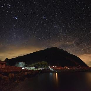ATHOS BY NIGHT